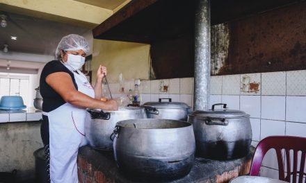 Instalan dos comedores populares en Florencia de Mora