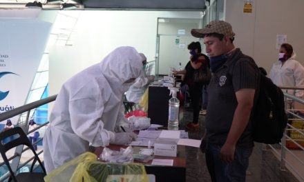 Realizan prueba de COVID-19 a 100 trabajadores del SEGAT