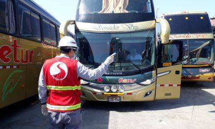 Inspeccionan 342 buses de traslados humanitarios entre regiones