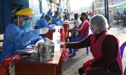 Instituciones ejecutan plan «Te cuido Perú» en mercado La Unión