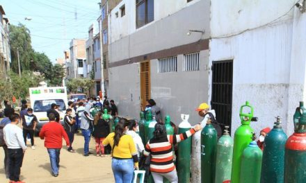 Clientes de empresa de oxígeno no respetan a vecinos de Huerta Grande