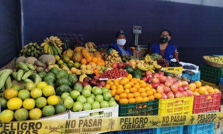 En marcha tres mercados temporales en Víctor Larco