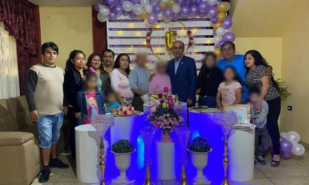 Daniel Marcelo realiza prueba de covid-19 a sus familiares para celebrar un cumpleaños