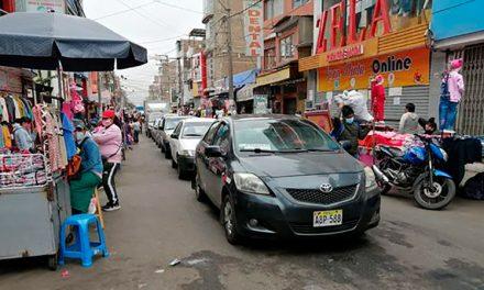 Ambulantes toman las calles de Trujillo en los primeros días del fin de la cuarentena